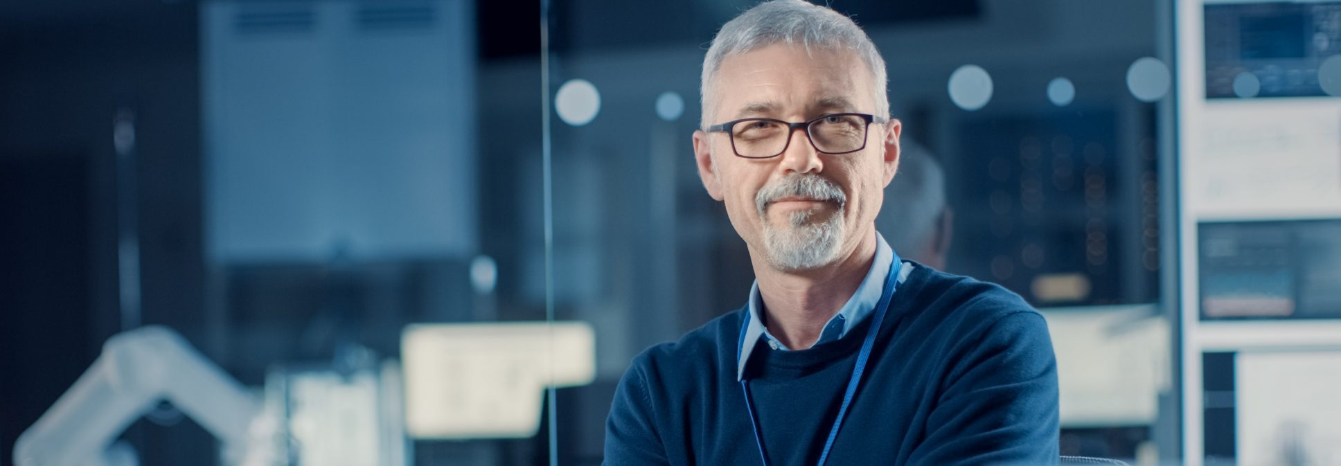 Bilde av en mannlig CFO i økonomiavdelingen i entreprenørbransjen